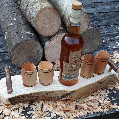 Artisan Natural Edge Small Knot Ash Stand with 4 Willow Barrel Whisky Tumblers