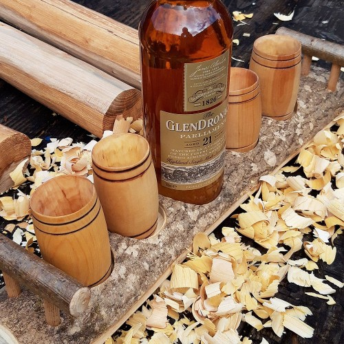 Artisan Natural Ash Stand with 4 Willow Barrel Whisky Tumblers